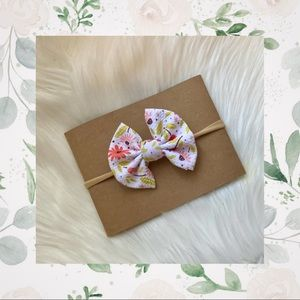 👑Fresh Floral Clip In or Bow on Nylon!